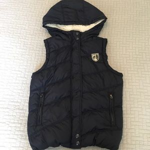 American Eagle Navy Hooded Puffy Vest